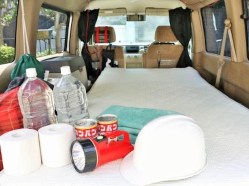 車中泊をする場合、エコノミー症候群の予防策を