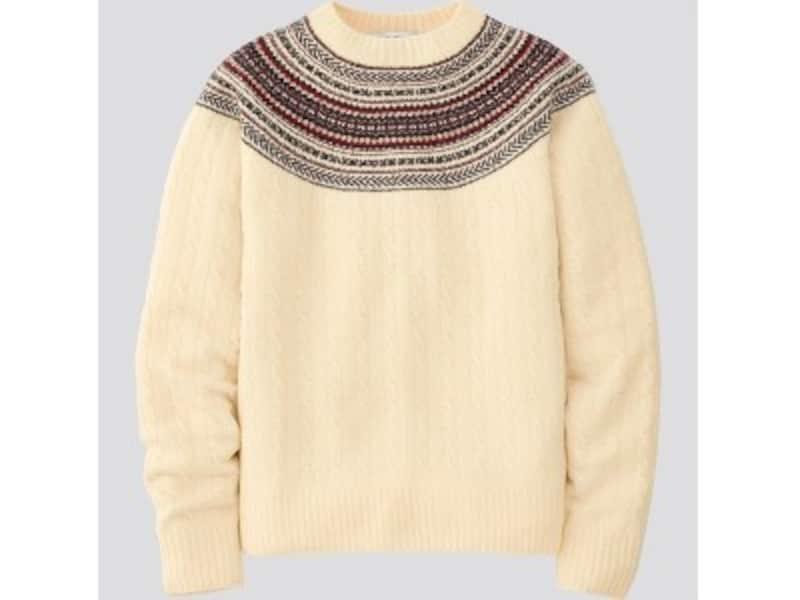 ユニクロ 3Dジャカードセーター 2990円(税抜)