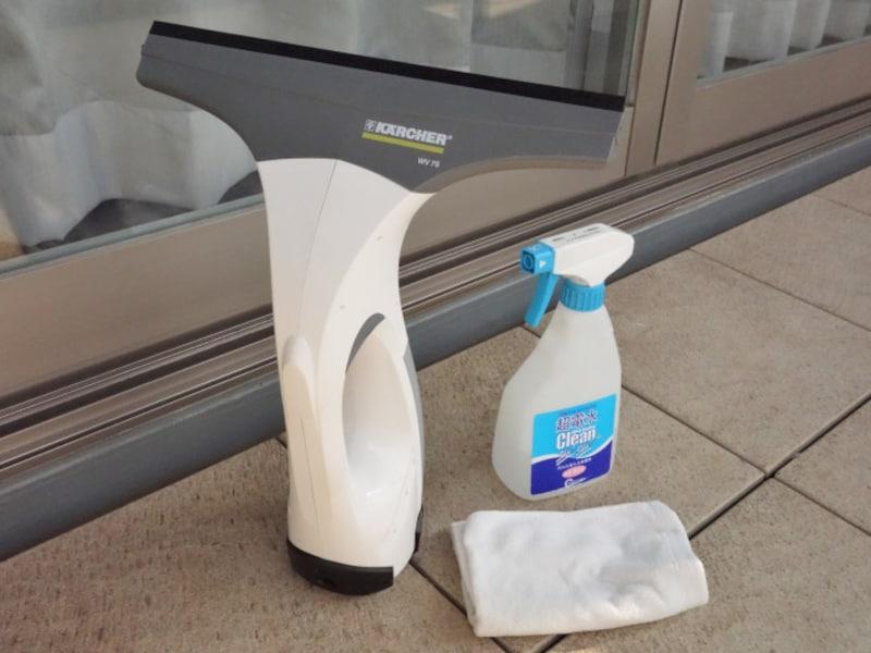 ケルヒャー窓用バキュームクリーナーと掃除道具