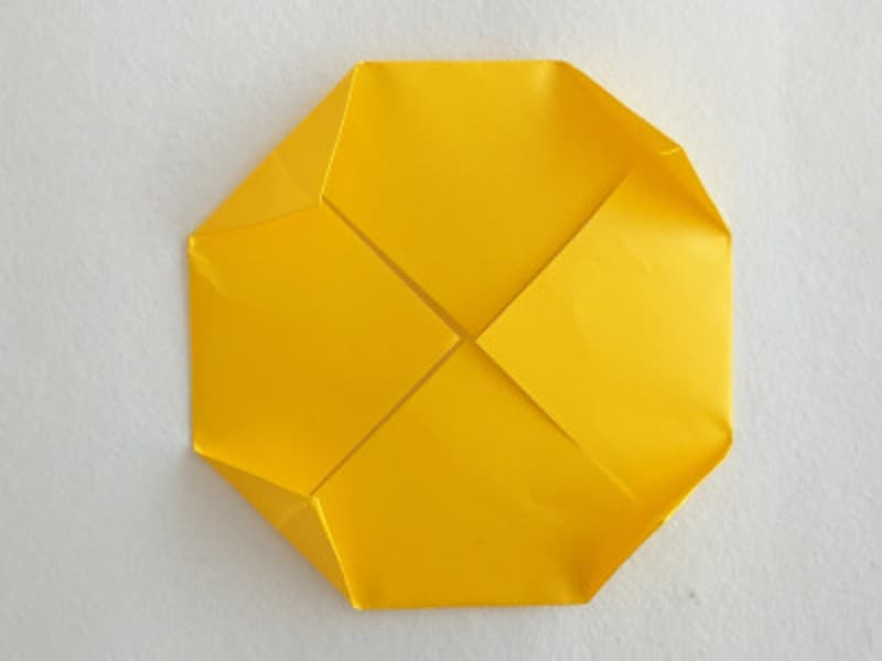 お月見 折り紙 リース うさぎ すすき 団子 三宝 三方 作り方 手作り 折り方かわいいうさぎのついた折り紙お月見リースの月の折り方