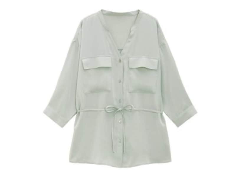 GUマットサテンダブルポケットシャツ1990円(税抜)