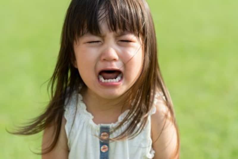 脅しの言葉に、子どもは最初、大泣きして、言うことをききますが、しつけは身についていません