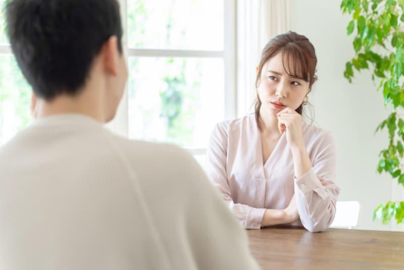 「男を立てる」のが苦手な女性でも、恋愛するにはどうしたらいい?