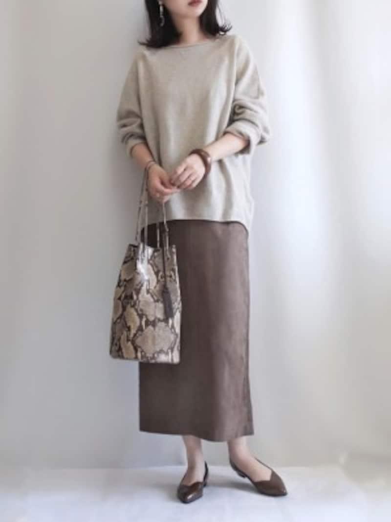 素材感だけでメリハリがつき、着まわしも効くのが魅力です 出典:WEAR