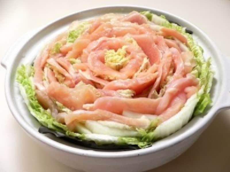 白菜のレシピ鶏胸肉と白菜のミルフィーユ鍋