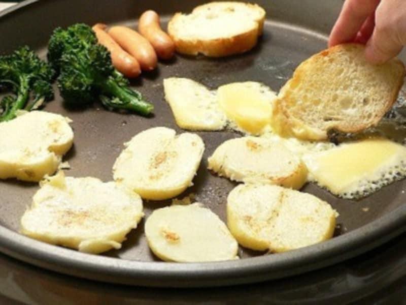 チーズ料理のレシピラクレット