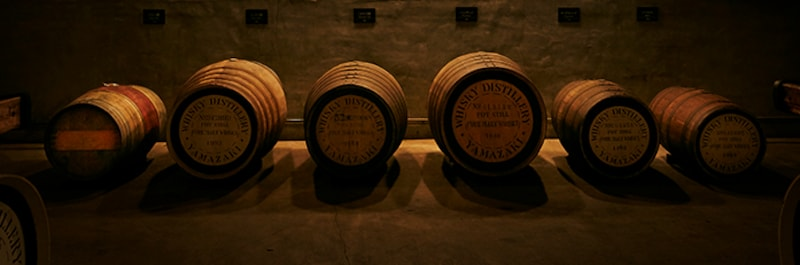左から、ワイン樽、スパニッシュオーク、ミズナラ、パンチョン、ホッグスヘッド、バーレル