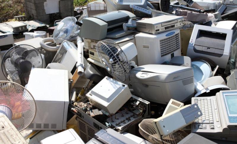 使わなくなった古いプリンターはどうやって捨てるべき?(写真はイメージです)