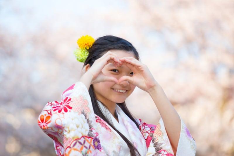 「十三詣り」は数え年13歳で行う通過儀礼。別名「知恵詣」「知恵もらい」という