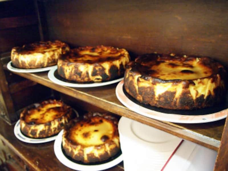 バズクチーズケーキの元祖、ラ・ヴィーニャのチーズケーキ