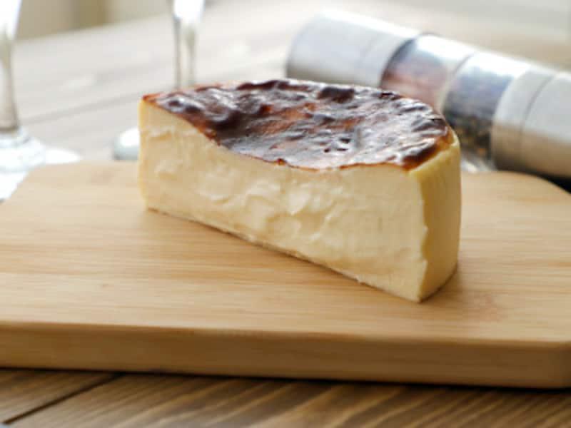 BELTZのチーズケーキ。カスタードクリームのようなとろとろ断面。