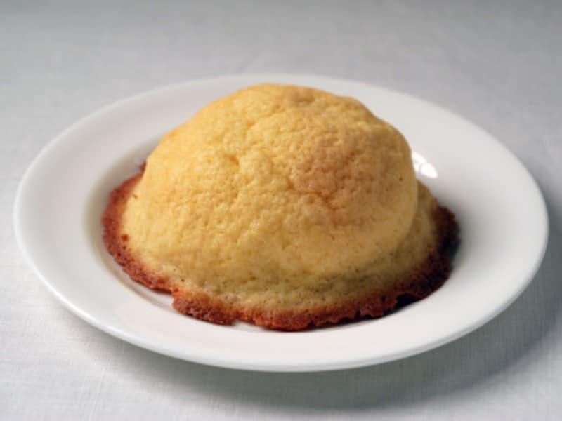 焦がしバターのメロンパン(194円税込)