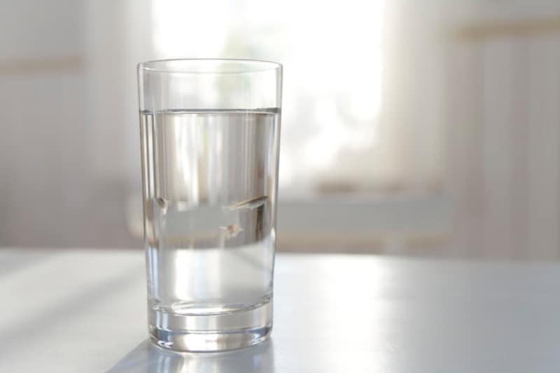 1日2リットルの水を飲む