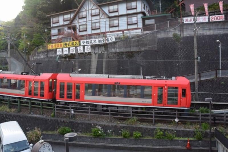 日本の登山鉄道の代表は箱根登山電車