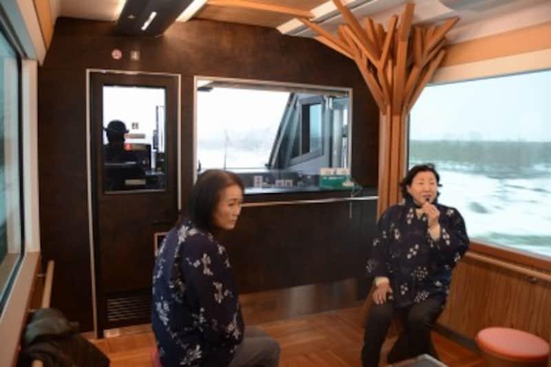 「リゾートしらかみ」車内での津軽弁語りべ実演