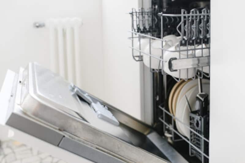 「食洗機はきれいに洗えていないのでは」という懸念がある人もいるでしょうが、妥協は必要