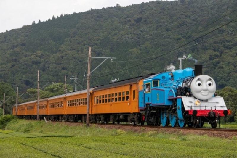大井川鐵道を走るトーマス号