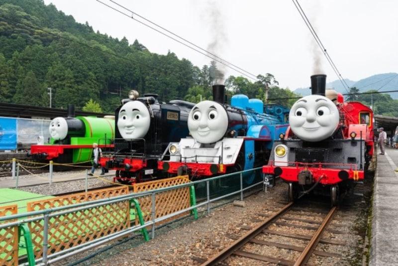 トーマスの仲間たち、千頭駅構内に大集合