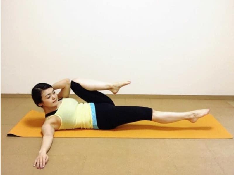 膝と肘はくっつかなくても大丈夫です!