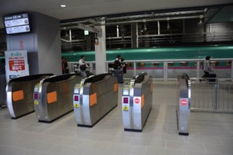 新函館北斗駅の北海道新幹線乗り場