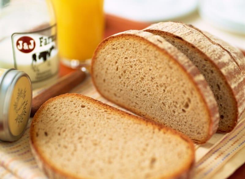 ダイエット中のパン