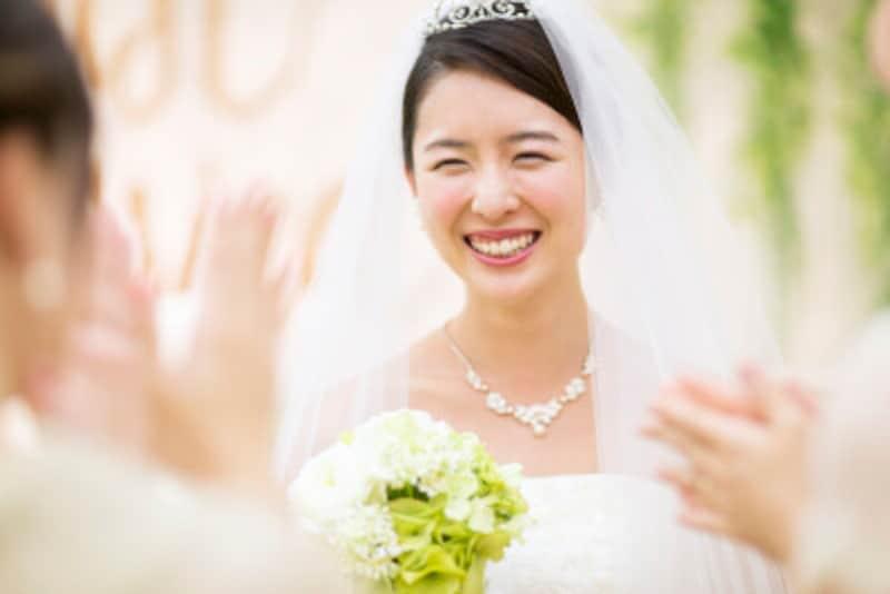 ジューンブライド!6月の花嫁は幸せになれるといわれ人気があります