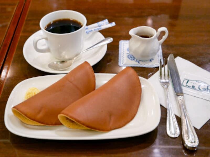 パステル2枚とコーヒーセット(850円)