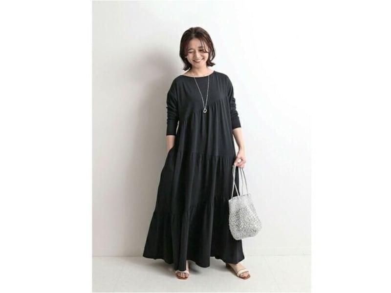 【OKコーデ】シンプルで長め丈、着やすいカラーのワンピースは着まわせてコスパも◎
