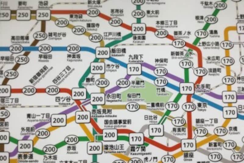 運賃が書かれた路線図