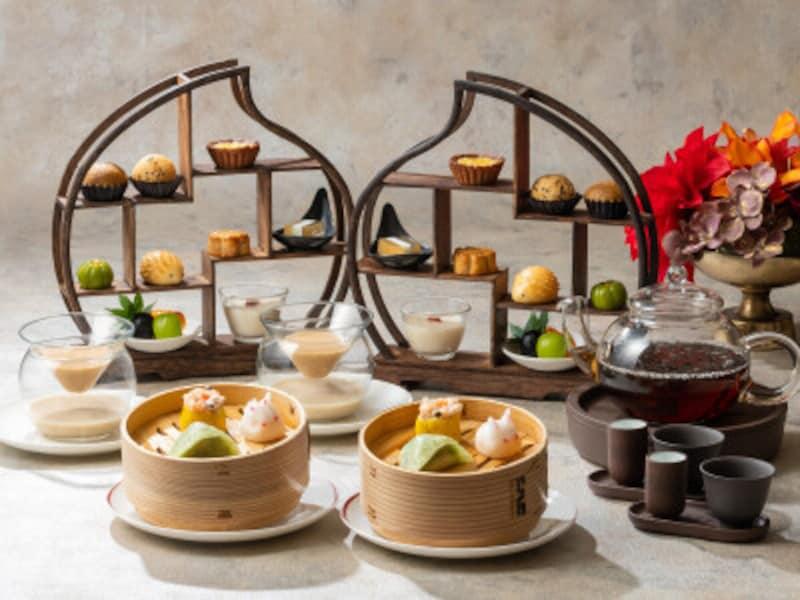 「珍品棚」に並んだ香港スイーツが珍しい「彩龍」の香港アフタヌーンティーセット