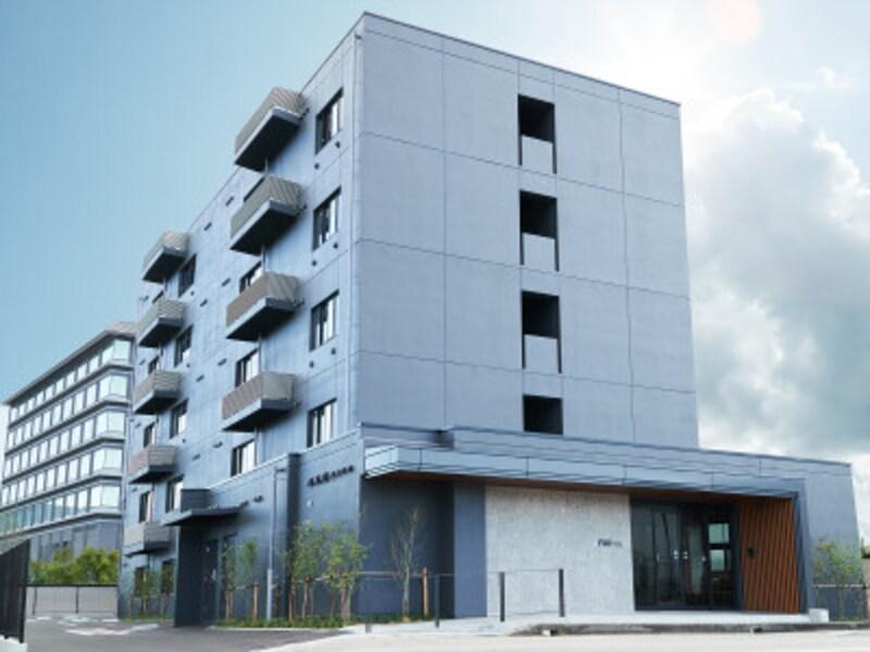 高山駅から徒歩約6分の好立地にある「FAVHOTELTAKAYAMA」。全38室