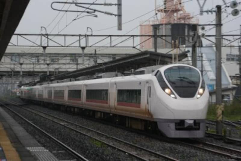 常磐線特急用のE657系