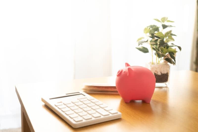 リボ払いを始めたきっかけは、生活費の赤字の補填