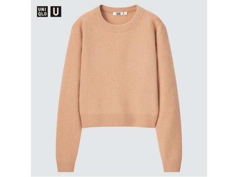ユニクロ プレミアムラムクロップドセーター 2990円(税込)