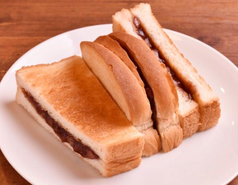 発祥の店「満つ葉」ののれん分け「喫茶まつば」(名古屋市西区)の元祖小倉トースト