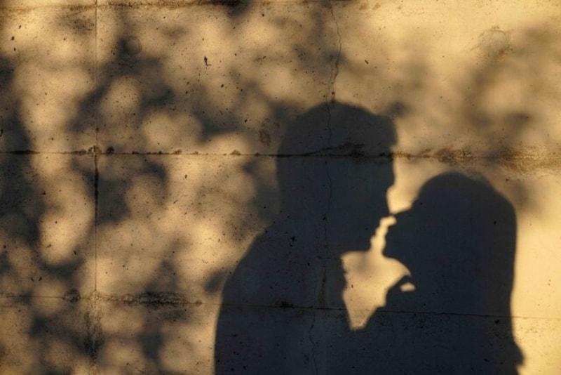 既婚者との不倫・別れ:婚活アプリに未婚と偽り登録していた彼