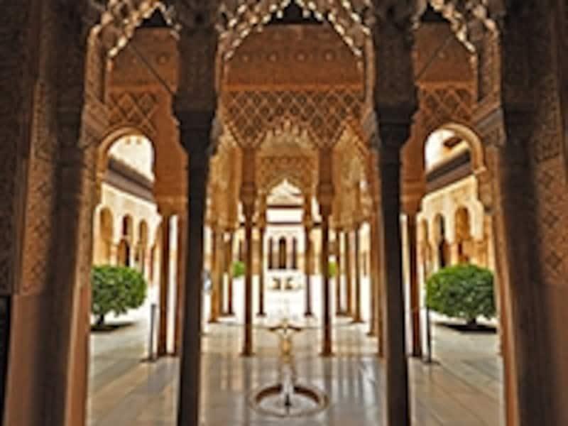 ナスル朝宮殿、ライオンの中庭
