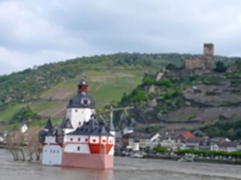 プファルツ城とグーテンフェルス城