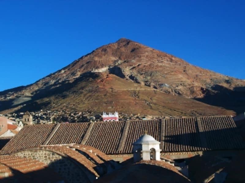 ボリビア「ポトシ市街」のセロ・リコ銀山