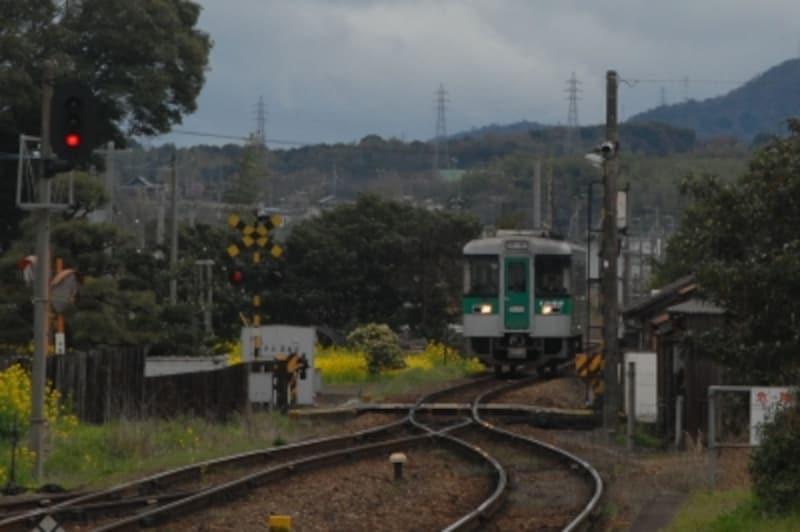 学駅の列車