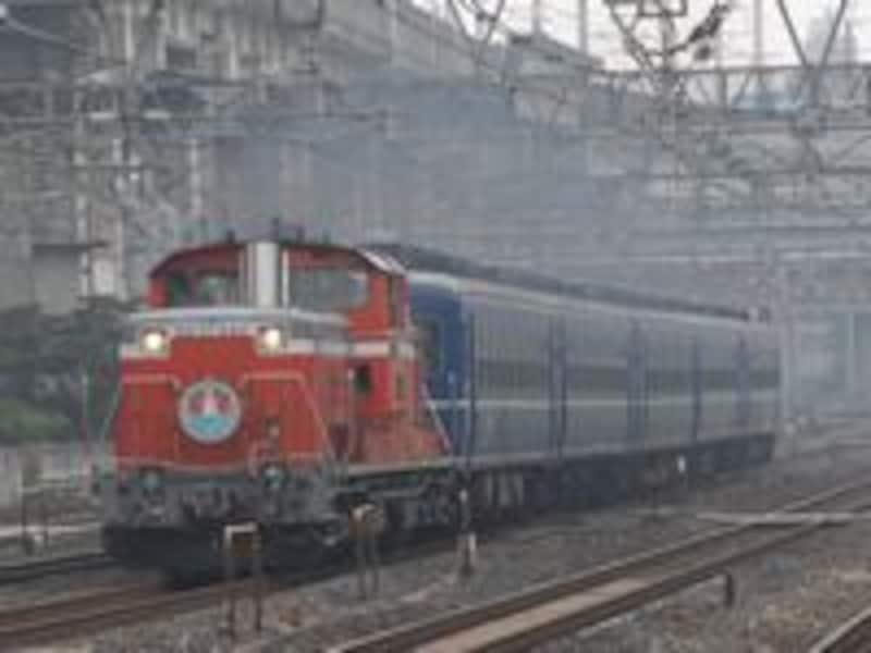 DD51牽引の臨時列車