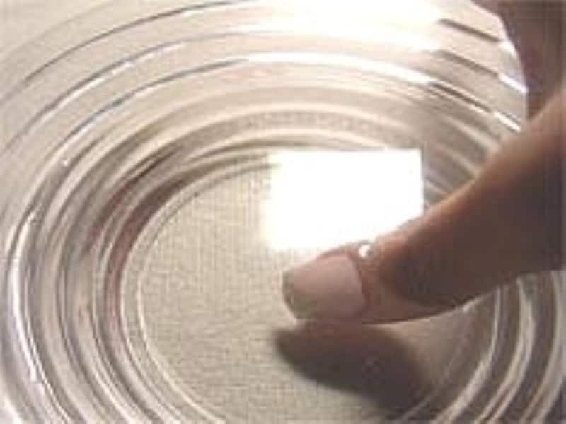 両面テープを使ったネイルチップ(つけ爪)の外し方手順1