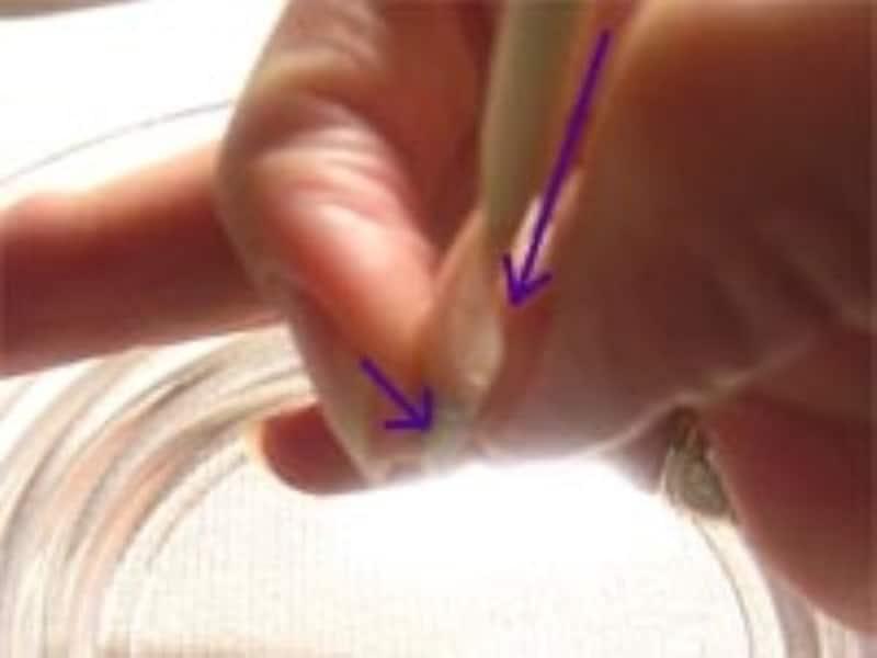 両面テープを使ったネイルチップ(つけ爪)の外し方手順2