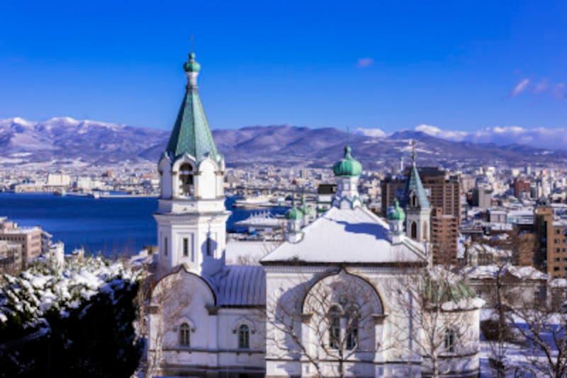 ハリストス正教会と雪景色
