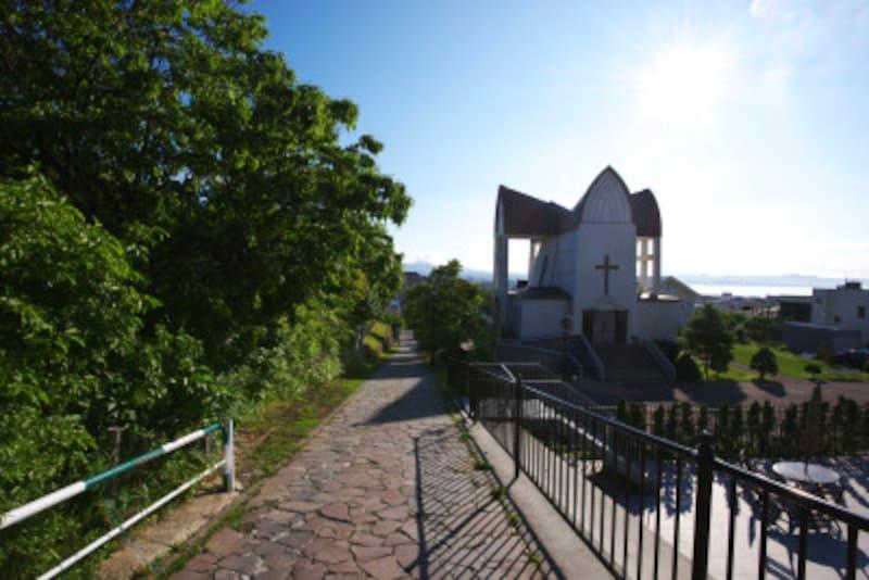 チャチャ登りと聖ヨハネ教会