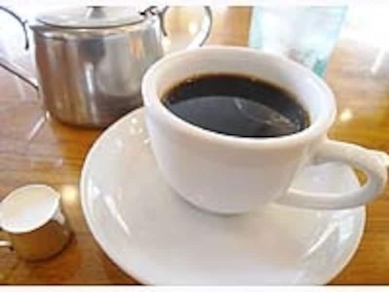 「名古屋で行きたい場所は?」と尋ねると「喫茶店」と答える人が多くを占めるほど、喫茶店は名古屋グルメとして定着している