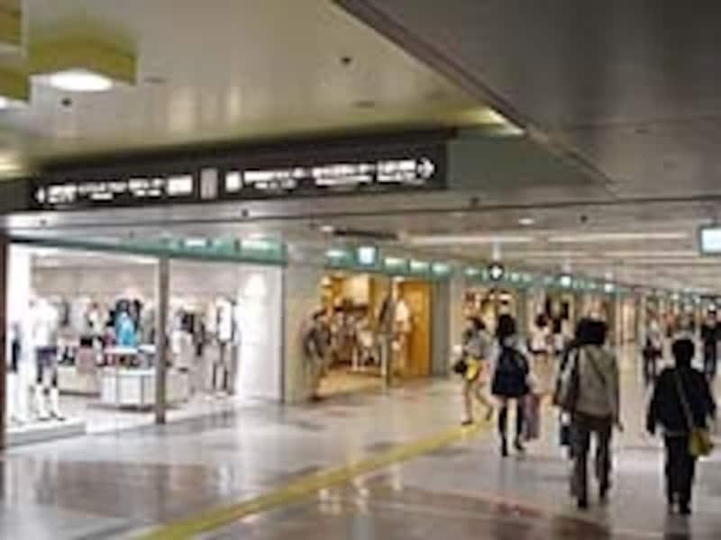 ショッピングスペースとしても人気の地下街、セントラルパーク