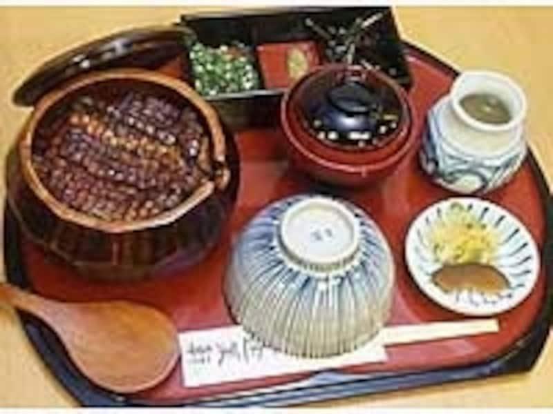 ひつまぶしは名古屋メシで一番のおもてなしグルメ