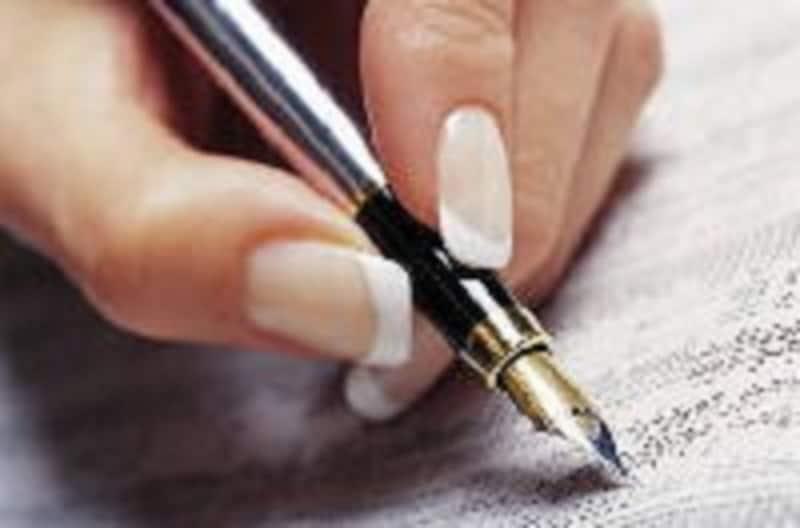 小学校受験・幼稚園受験の受験願書は書き慣れた水性インクのペンで記入しよう