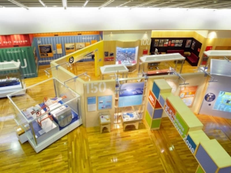 開港以来の横浜港の歴史がよくわかる、横浜みなと博物館の展示室(画像提供:横浜みなと博物館)